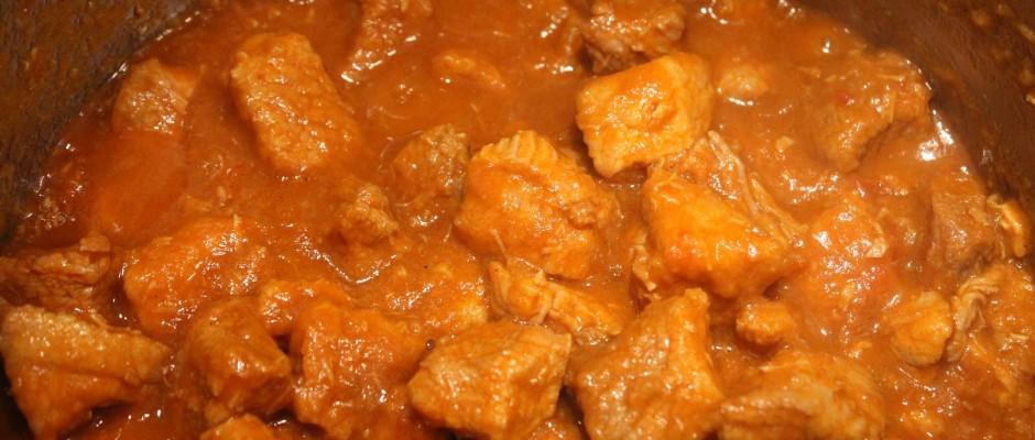 Porkolt (Pörkölt), Hungarian Pork Stew - Spicy Goulash