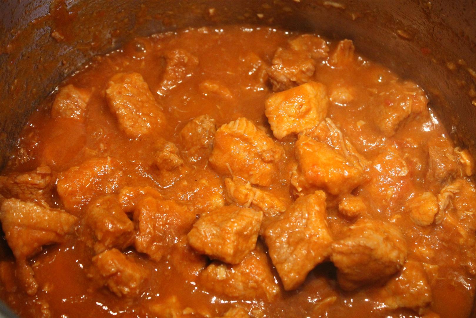 Гуляш из свинины с подливкой рецепт с пошагово классический
