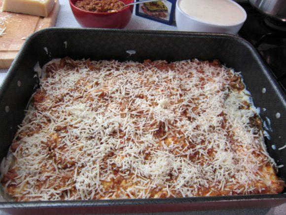 Authentic lasagna bolognese recipe 5