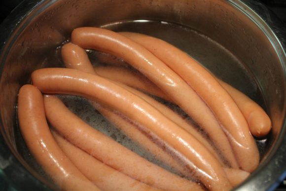 Boiling hot dogs