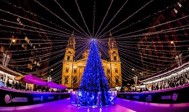 Christmas in Hungary: Hungarian Christmas Traditions ...